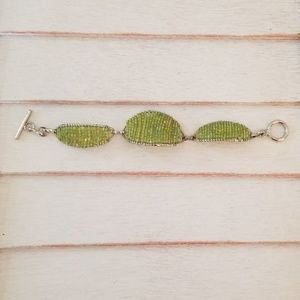 Jewelry - Green Iridescent Seed Beed Bracelet